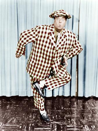 https://imgc.allpostersimages.com/img/posters/the-jackie-gleason-show-jackie-gleason-1952-1957_u-L-PJXZGJ0.jpg?p=0