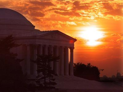 https://imgc.allpostersimages.com/img/posters/the-jefferson-memorial-is-seen-at-the-end-of-a-record-high-temperature-day_u-L-Q10ON9P0.jpg?p=0