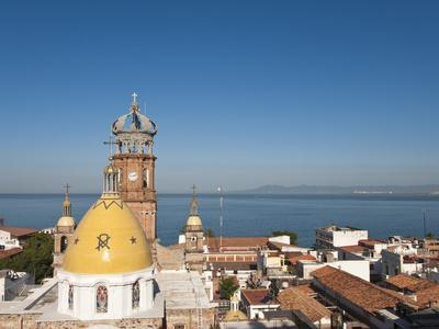 https://imgc.allpostersimages.com/img/posters/the-lady-of-guadalupe-church-puerto-vallarta-mexico_u-L-PHASYK0.jpg?p=0