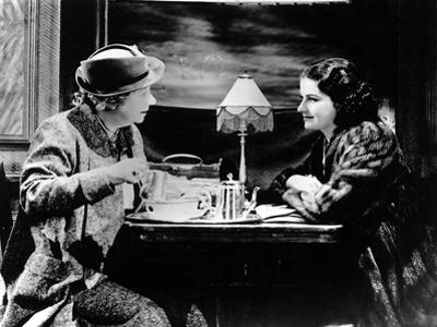 The Lady Vanishes, Dame May Whitty, Margaret Lockwood, 1938
