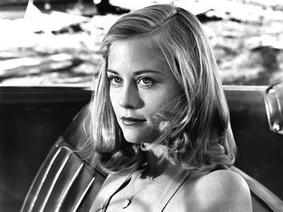 https://imgc.allpostersimages.com/img/posters/the-last-picture-show-cybill-shepherd-1971_u-L-PH5AC60.jpg?artPerspective=n