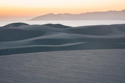 https://imgc.allpostersimages.com/img/posters/the-light-and-lines-of-pismo-state-beach-s-sand-dunes_u-L-Q1BB21O0.jpg?p=0