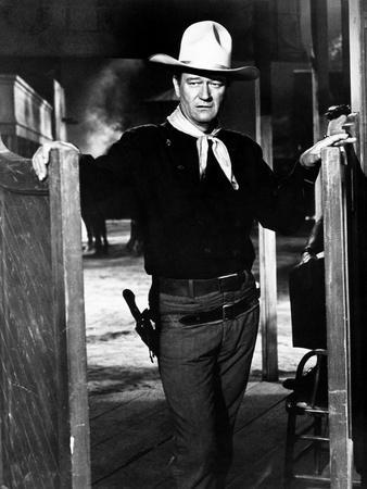 https://imgc.allpostersimages.com/img/posters/the-man-who-shot-liberty-valance_u-L-PQCSTF0.jpg?artPerspective=n