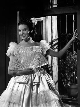 THE MARK OF ZORRO, 1940 directed by ROUBEN MAMOULIAN Linda Darnell (b/w photo)