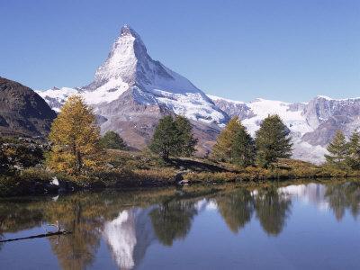 https://imgc.allpostersimages.com/img/posters/the-matterhorn-reflected-in-grindjilake-switzerland_u-L-P1JX520.jpg?p=0