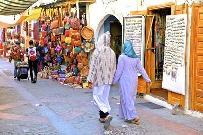 https://imgc.allpostersimages.com/img/posters/the-medina-rabat-morocco-north-africa-africa_u-L-PWFBRW0.jpg?p=0