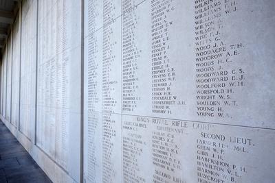 https://imgc.allpostersimages.com/img/posters/the-menin-gate-memorial-to-the-missing-ypres-west-flanders-belgium_u-L-Q1GYLKL0.jpg?artPerspective=n