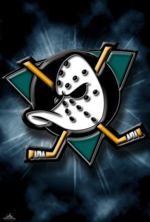 https://imgc.allpostersimages.com/img/posters/the-mighty-ducks_u-L-F4S6ZQ0.jpg?artPerspective=n
