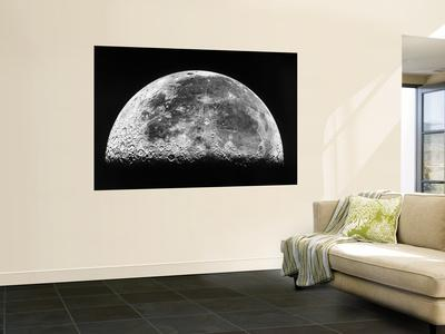 https://imgc.allpostersimages.com/img/posters/the-moon_u-L-PFHCQ80.jpg?artPerspective=n