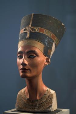 The Nefertiti Bust, Ca 1350 Bc