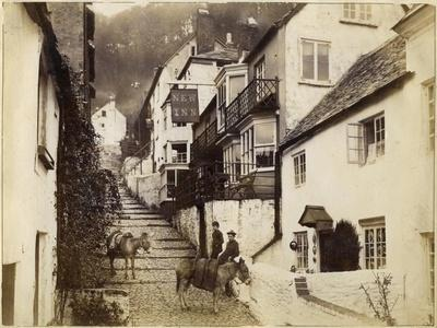 https://imgc.allpostersimages.com/img/posters/the-new-inn-and-street-clovelly-devon-late-19th-or-early-20th-century_u-L-PTXY2Q0.jpg?p=0