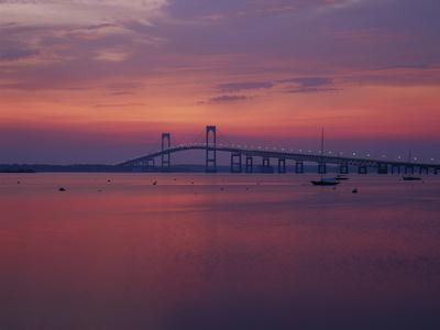 https://imgc.allpostersimages.com/img/posters/the-newport-bridge-at-sunset-newport-rhode-island-usa_u-L-PN6MUT0.jpg?p=0