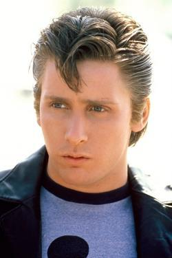 THE OUTSIDERS, 1982 directed by FRANCIS FORD COPPOLA Emilio Estevez (photo)