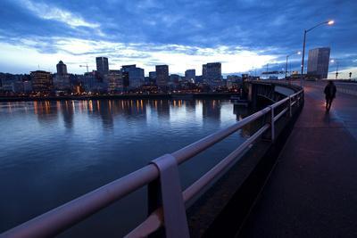https://imgc.allpostersimages.com/img/posters/the-portland-oregon-skyline-seen-from-burnside-bridge-in-early-evening_u-L-Q10TKAU0.jpg?p=0