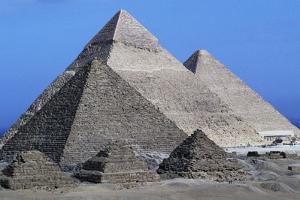 The Pyramids of Giza, Giza Necropolis