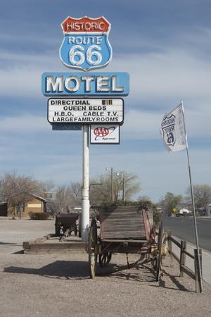 https://imgc.allpostersimages.com/img/posters/the-route-66-motel-seligman-arizona-united-states-of-america-north-america_u-L-PQ8O8B0.jpg?p=0