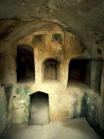 https://imgc.allpostersimages.com/img/posters/the-royal-tombs-at-old-paphos_u-L-PPBFPF0.jpg?p=0