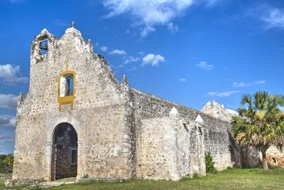 https://imgc.allpostersimages.com/img/posters/the-ruined-church-of-pixila-completed-in-1797-cuauhtemoc-yucatan-mexico-north-america_u-L-PWFSJ00.jpg?p=0