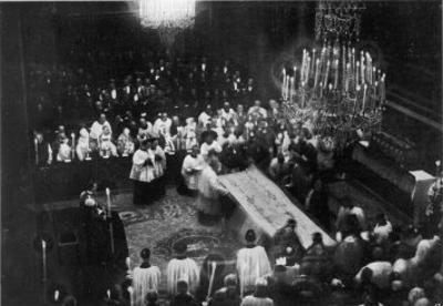 The Sacre Sindone (Shroud of Turin) is Publicly Displayed at Torino
