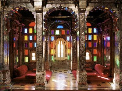 https://imgc.allpostersimages.com/img/posters/the-sheesh-mahal-deo-garh-palace-hotel-deo-garh-rajasthan-state-india_u-L-P1URVR0.jpg?p=0