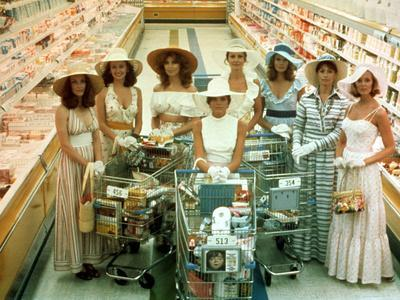 https://imgc.allpostersimages.com/img/posters/the-stepford-wives-1975_u-L-PH5Z920.jpg?artPerspective=n
