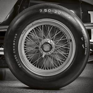 Corsa 1 by THE Studio