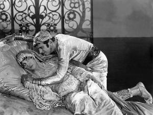 The Thief Of Bagdad, Julanne Johnston, Douglas Fairbanks, Sr., 1924