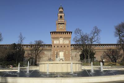 https://imgc.allpostersimages.com/img/posters/the-torre-del-filarete-clock-tower-at-the-15th-century-sforza-castle-castello-sforzesco_u-L-PWFDW70.jpg?p=0