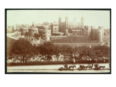 https://imgc.allpostersimages.com/img/posters/the-tower-of-london_u-L-P95PQB0.jpg?p=0