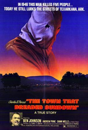 https://imgc.allpostersimages.com/img/posters/the-town-that-dreaded-sundown_u-L-F4S8700.jpg?artPerspective=n