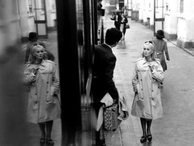 The Umbrellas Of Cherbourg, (aka Les Parapluies De Cherbourg), 1964