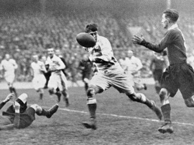 The Varsity Rugby Match 1932