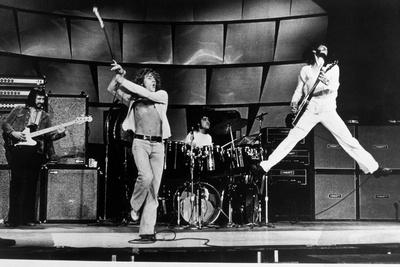 https://imgc.allpostersimages.com/img/posters/the-who-on-stage-in-1969_u-L-PWGM6Z0.jpg?artPerspective=n