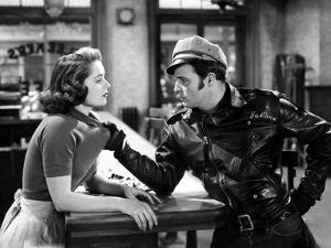 The Wild One, Mary Murphy, Marlon Brando, 1954