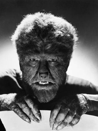 https://imgc.allpostersimages.com/img/posters/the-wolf-man-1941_u-L-Q10TWQC0.jpg?p=0