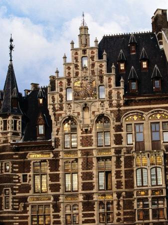 https://imgc.allpostersimages.com/img/posters/the-wonderful-guildhouses-on-grote-markt-antwerp-belgium_u-L-P4FRDS0.jpg?p=0