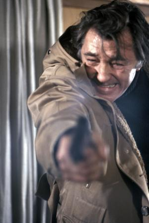 https://imgc.allpostersimages.com/img/posters/the-yakuza-by-sydneypollack-with-kishi-keiko-and-robert-mitchum-1974-photo_u-L-Q1C2FNU0.jpg?artPerspective=n