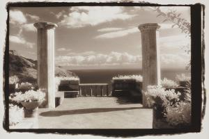 Two columns and the sea by Theo Westenberger