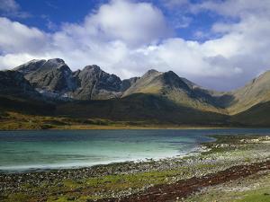 Great Britain, Scotland, Island Skye, Loch Slapin, Black Cuillins by Thonig
