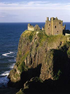 GrovŸbritannien, Schottland, Grampian , Nahe Stonehaven, Dunnottar Castle, Burgruine, Burg by Thonig