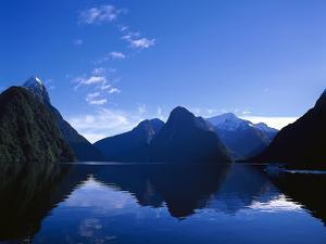 Neuseeland, Sv¼dinsel, Milford Sound, Berglandschaft, Mitre Peak, New Zealand, See by Thonig