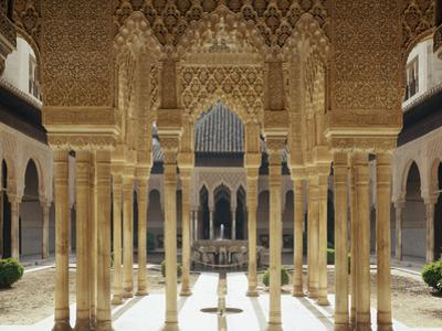 Spain, Andalusia, Granada, Alhambra, Lion's Court by Thonig