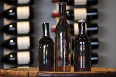 https://imgc.allpostersimages.com/img/posters/three-wine-bottles_u-L-PN729Z0.jpg?p=0