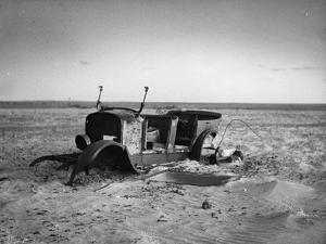 Desert Car by Thurston Hopkins