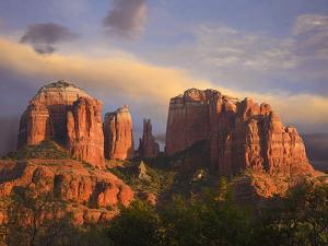 Cathedral Rock Near Sedona, Arizona, Usa by Tim Fitzharris