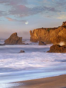 Moon over El Matador Beach, Malibu, California, Usa by Tim Fitzharris