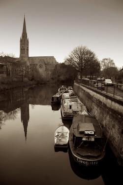 Barge Mooring by Tim Kahane