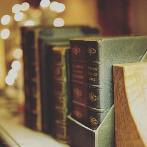 Dusty Books by Tim Kahane