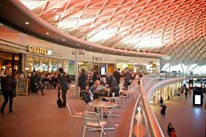 London King's Cross Station by Tim Kahane