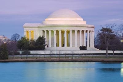 Jefferson Memorial by Tim Mainiero